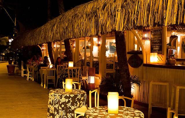 decoracion de interiores bares rusticos:Bar do Zé