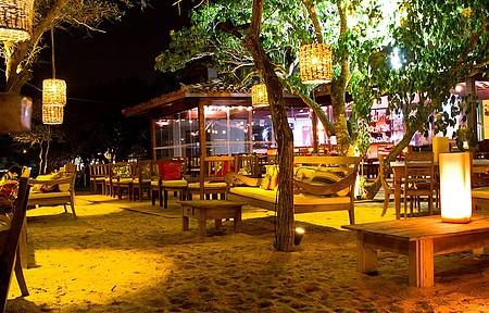 Pés na areia no Anexo Praia