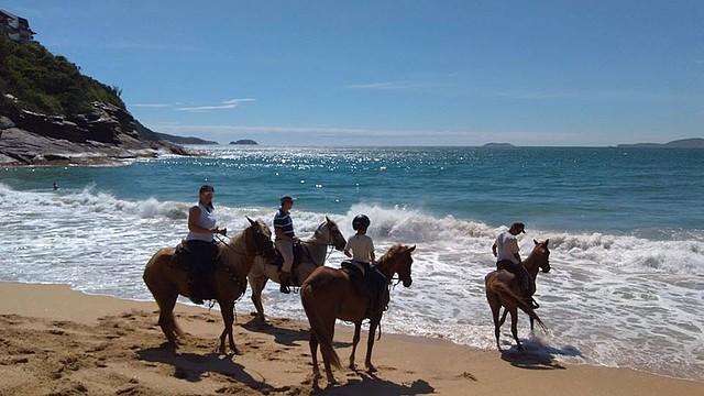 Cavalgadas reúnem cavaleiros de todas as idades