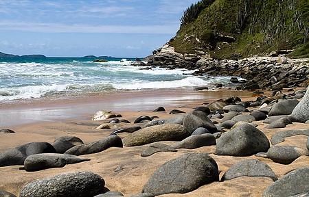 Praia é uma das mais exóticas de Búzios