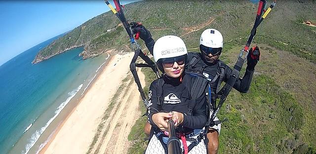 A bela praia de Tucuns aos pés dos aventureiros