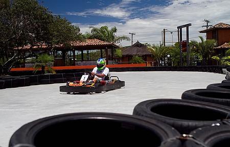 Kart é uma das atividades mais disputadas do espaço